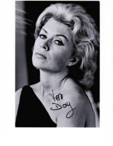 Vera Day Hammer Horror  Hand signed autograph #8